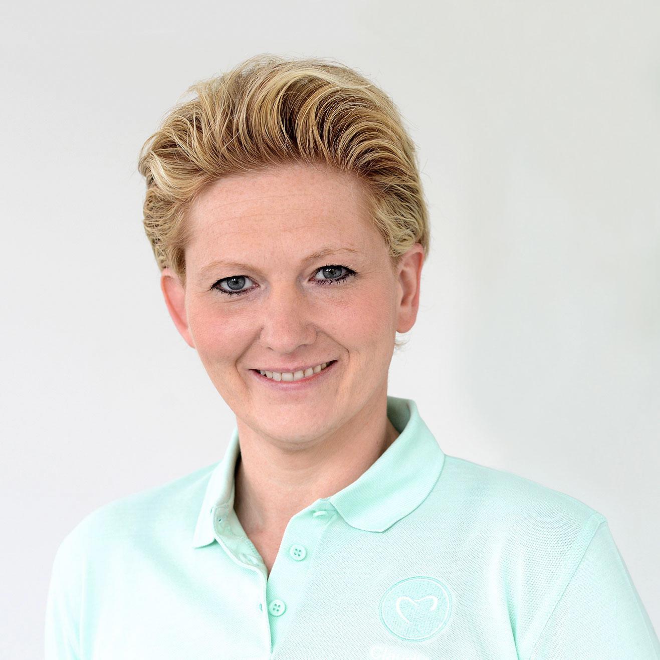 Claudia Detlefs